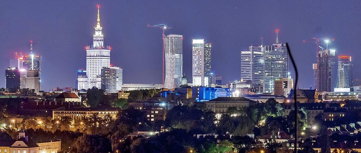 Економіка Польщі заснована на споживанні, кредитах та імпорті