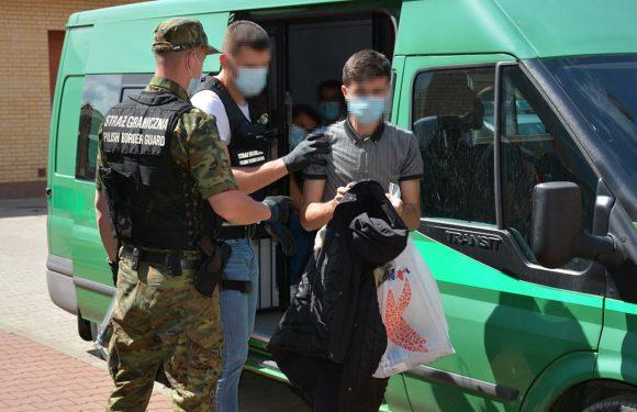 В Польщі засудили двох українців, які перевозили іноземців через кордон