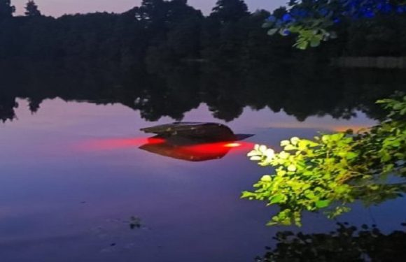 П'яний турист в Польщі в'їхав машиною в озеро і… втік через багажник