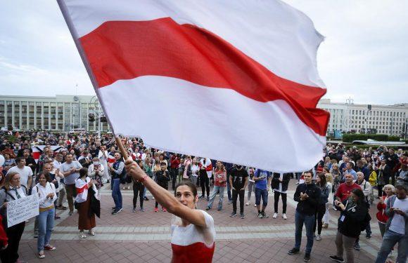 Польща спростила видачу віз для білорусів