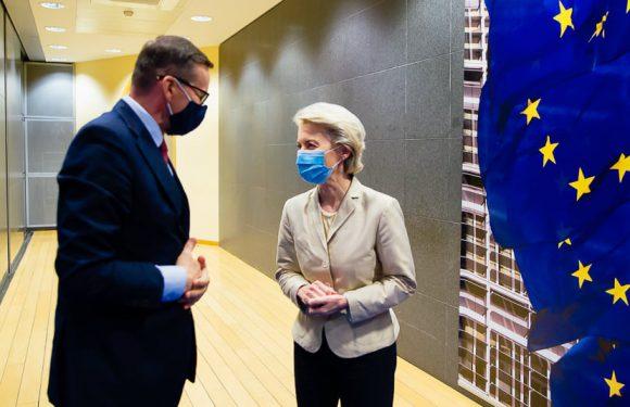 Прем'єр-міністр Польщі і глава Єврокомісії провели переговори
