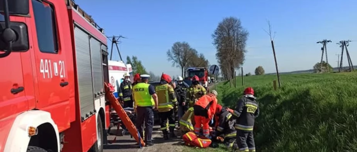 В Польщі автобус з 44 дітьми зіткнувся з вантажівкою: 10 поранених
