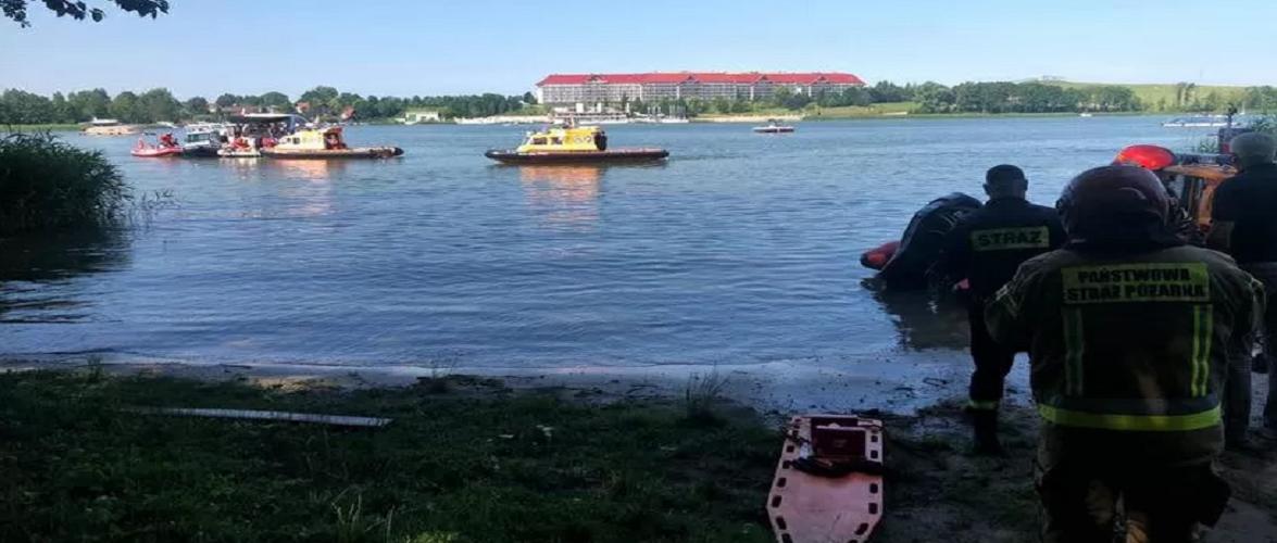 У Польщі у водойму впав вертоліт, є постраждалі українці