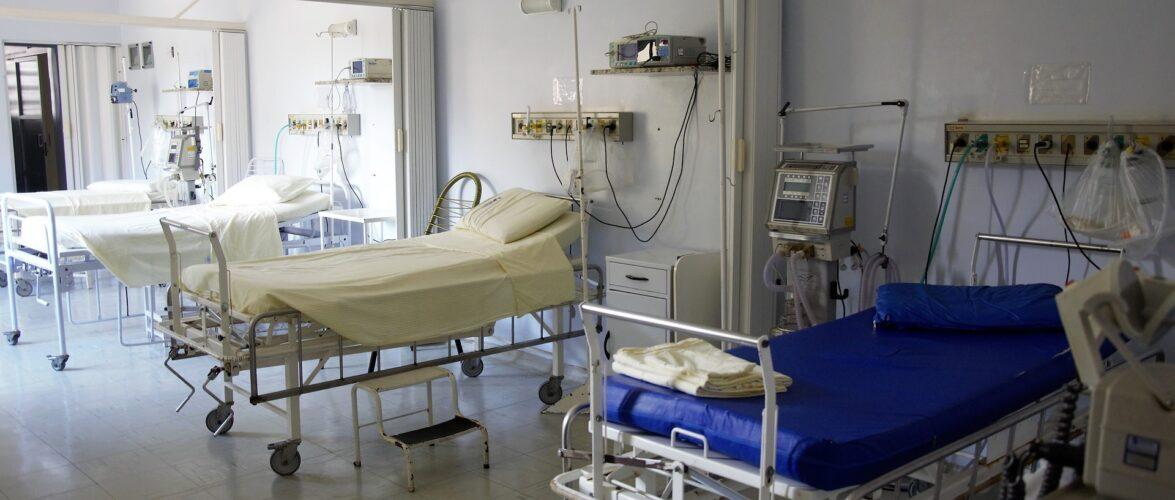 В Польщі відкриють окрему лікарню для українців з медиками з України