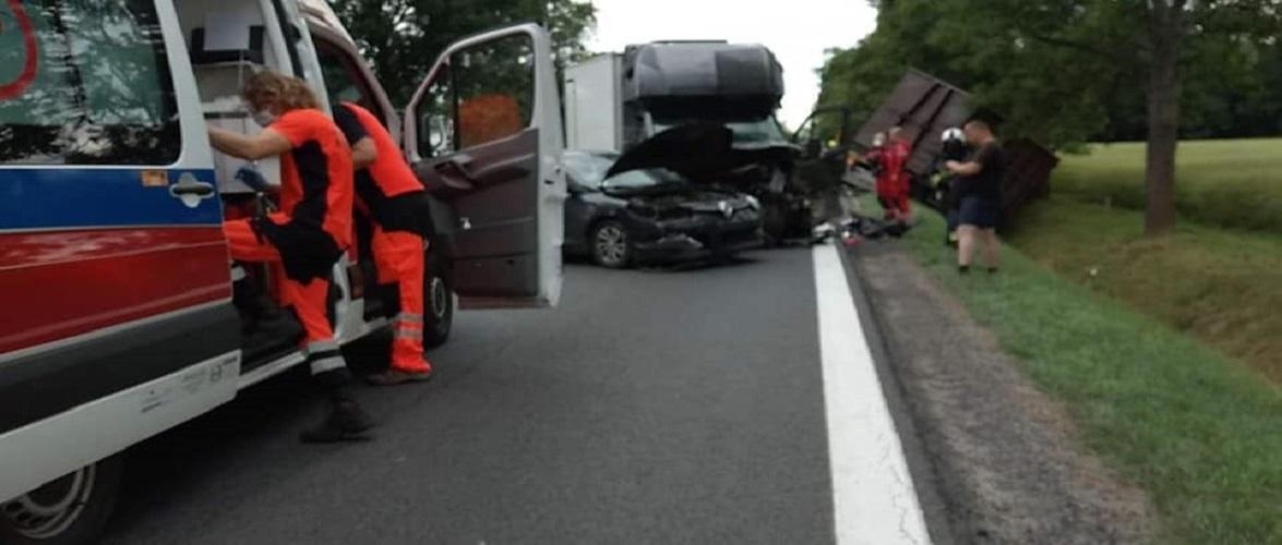 Під польським Вроцлавом зіткнулось 8 автівок: загинули 2 особи [+ФОТО]