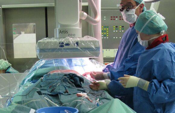 Польща відчуває гострий брак медичних працівників