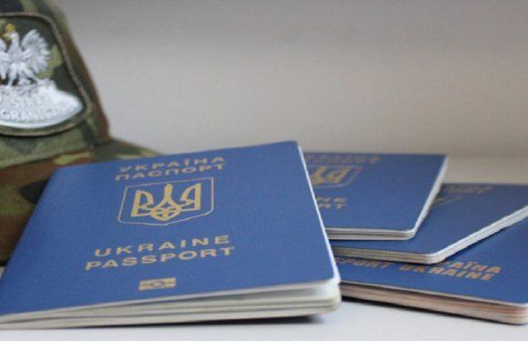 В Польщі виявили агенцію праці, яка нелегально взяла на роботу 150 українців
