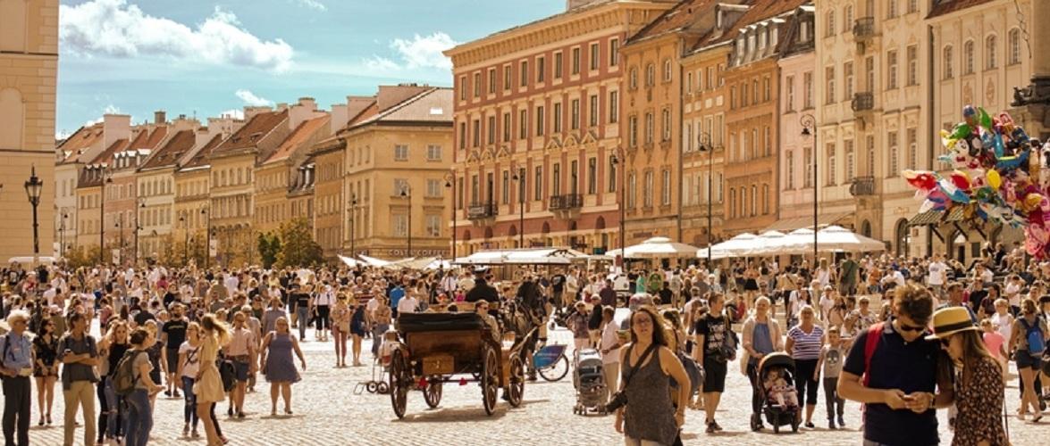Більше половини поляків не бояться коронавірусу