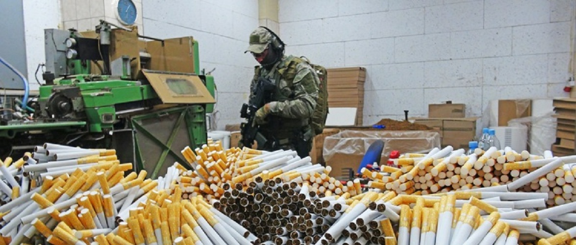 Викрито підпільну фабрику сигарет у Мазовії, серед затриманих 7 українців