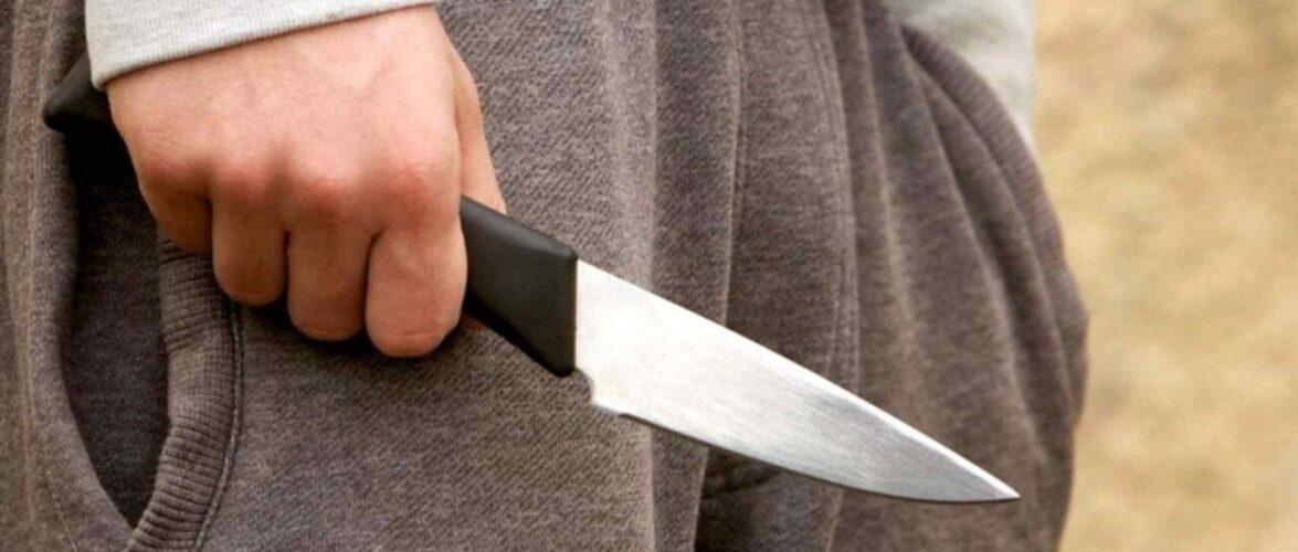 13-річний хлопець в Польщі зарізав ножем вітчима, який побив його матір