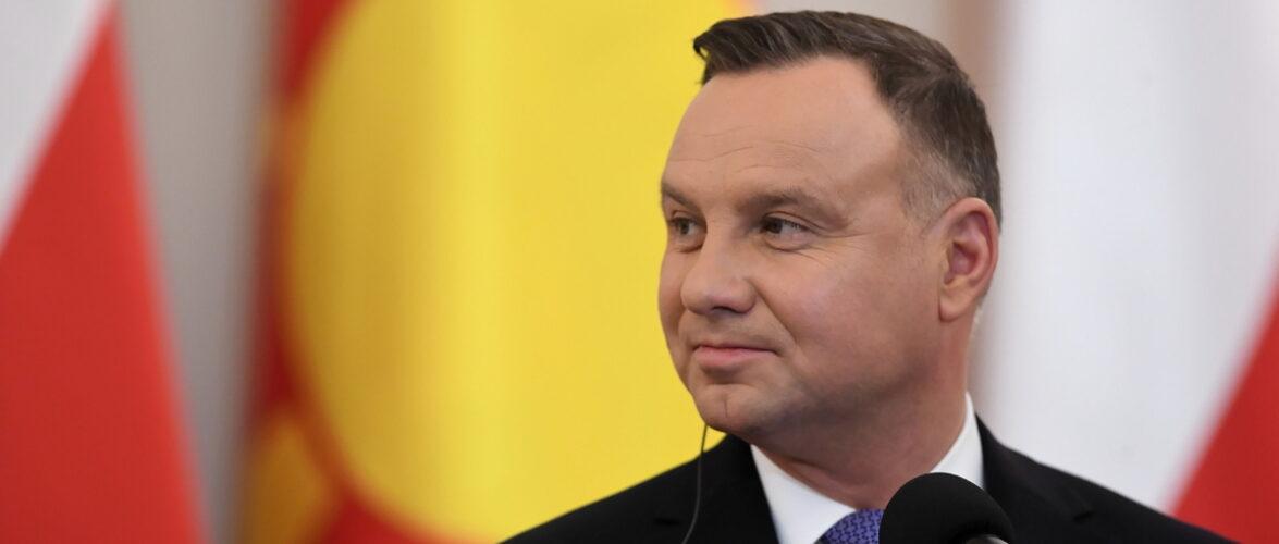 Президент Польщі особисто подарує Україні медичні засоби
