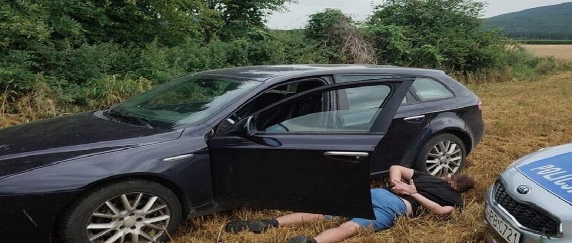 Водій у Польщі втікав від поліції, бо думав… що п'яний. Але за ґрати все одно сяде