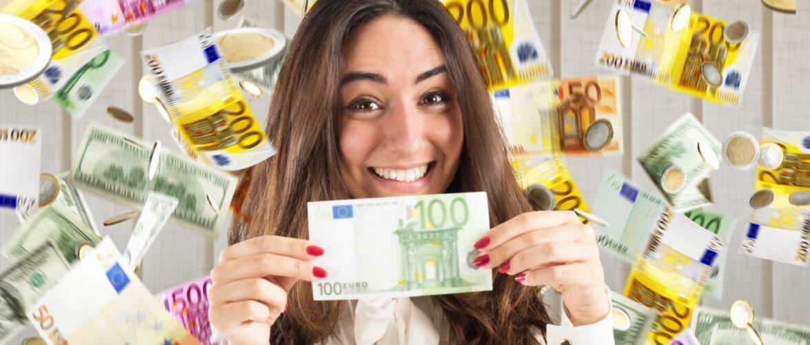 Щасливчик у Польщі виграв в лотереї: 20 років отримуватиме по 10 тисяч злотих