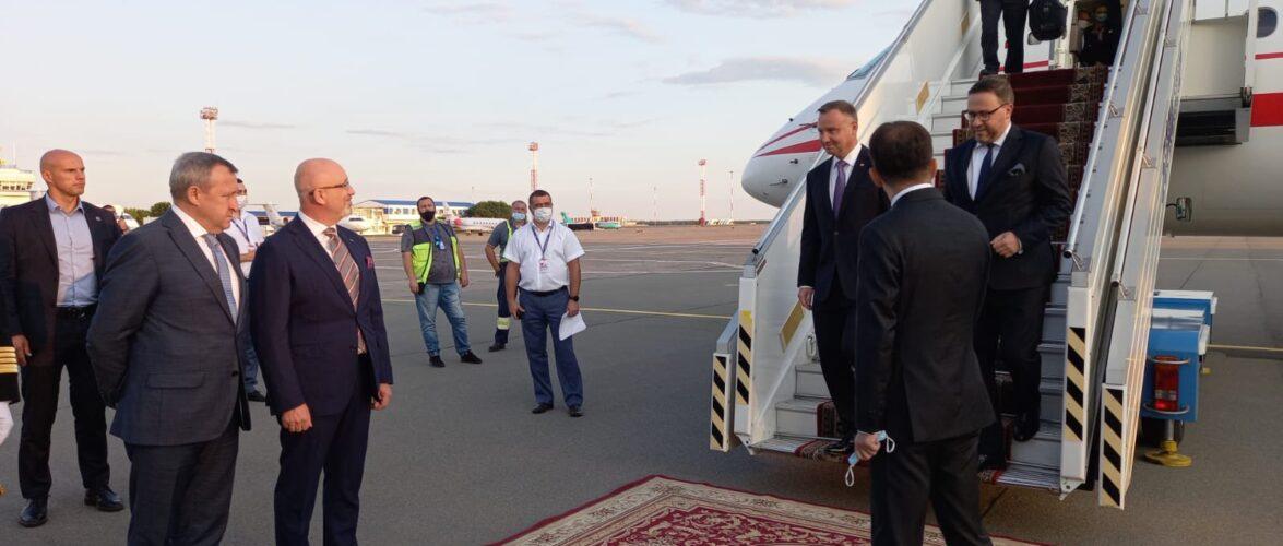 Президент Польщі Анджей Дуда прилетів в Україну
