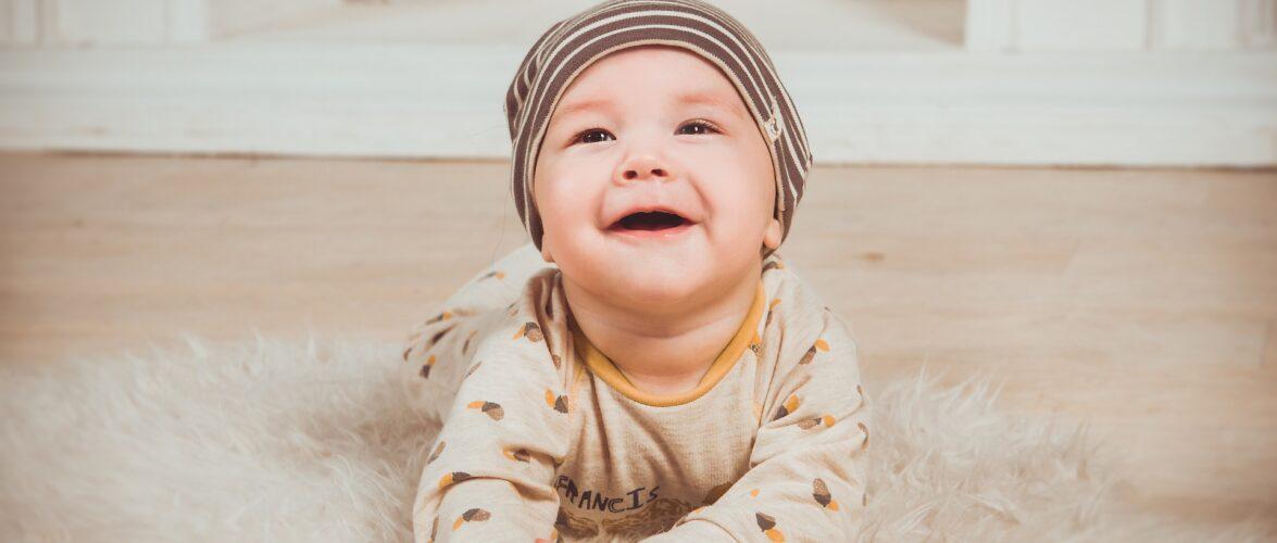 Уряд Польщі прийняв проєкт устави про виплату 12 тисяч злотих для малюків