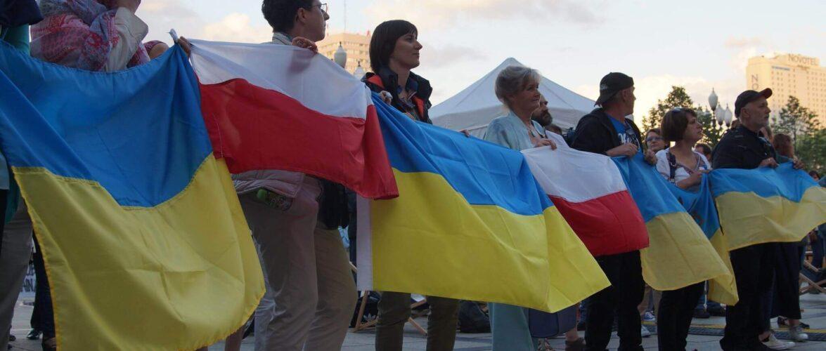 На яку соціальну допомогу можуть очікувати українці в Польщі?