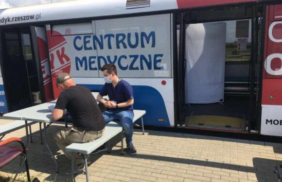 В Польщі зловмисники підпалили пункт вакцинації