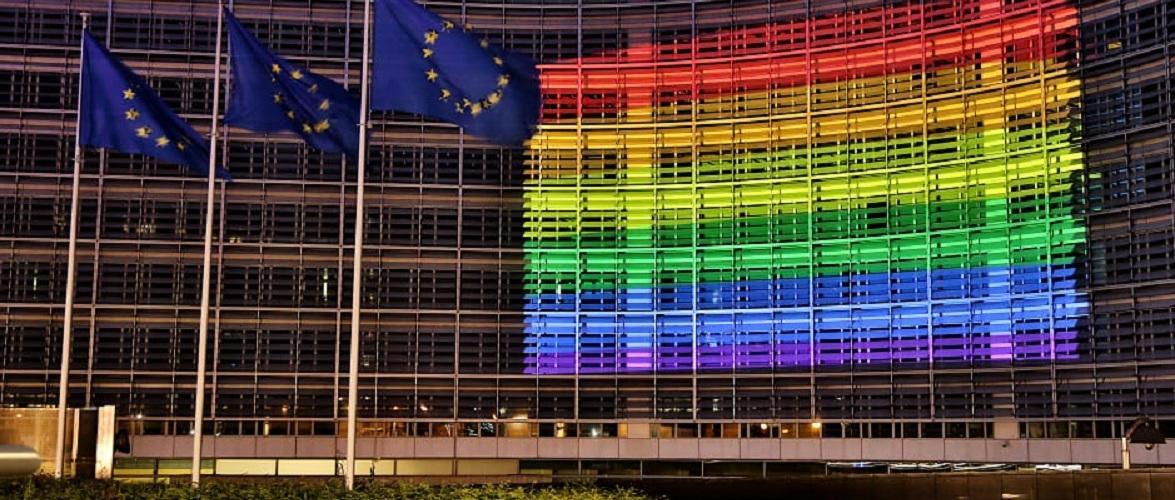 У Польщі воєводства виходять з резолюції проти ЛГБТ