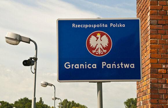 Уряд Польщі вважає, що Білорусь розпочала гібридну війну