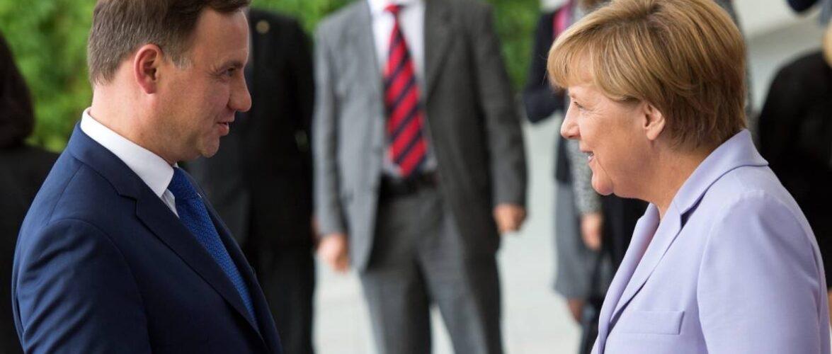 Президента Польщі звинувачують в образі канцлера Німеччини Ангели Меркель