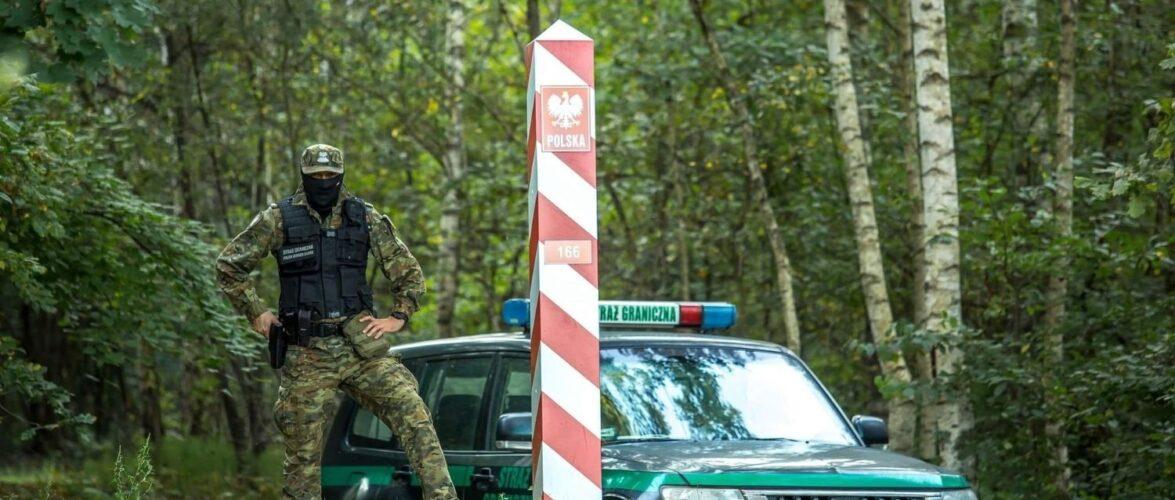В Польщі підозрюють, що білоруські служби отруїли мігрантів на кордоні, через що ті померли