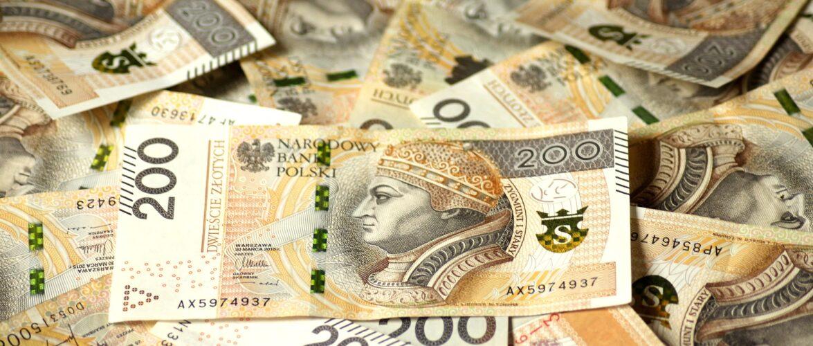 Польща прийняла проект бюджету на 2022-ий рік