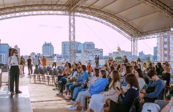 В столиці Польщі розпочався книжковий ярмарок