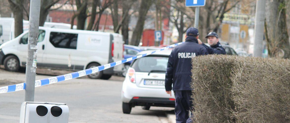 На балконі одного з навчальних закладів Польщі виявили труп жінки