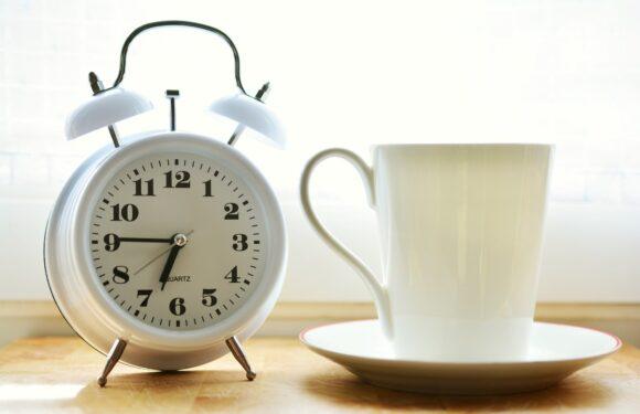 Коли в Польщі переводять годинники на зимовий час в 2021 році?