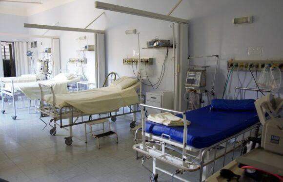 В Польщі працює 14 тимчасових лікарень для боротьби з коронавірусом